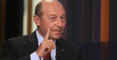 EXCLUSIV Omul lui Băsescu reacționează, după ce Klaus Iohannis i-a refuzat propunerea: 'Nu renunțăm'