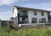 CCR: Persoanele care construiesc fără autorizație NU POT dobândi proprietatea asupra acelor construcții