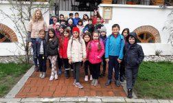 """""""Școala altfel """" la Muzeul Golești - 65 şcoli din toată ţara participă la programul educațional"""