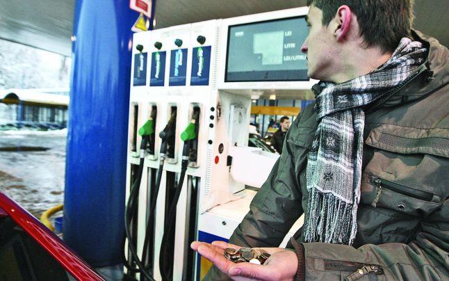 ALERTĂ ! Carburanţii sunt cu 9% mai scumpi în doar trei luni – Pragul de 6 lei pe litru, tot mai aproape