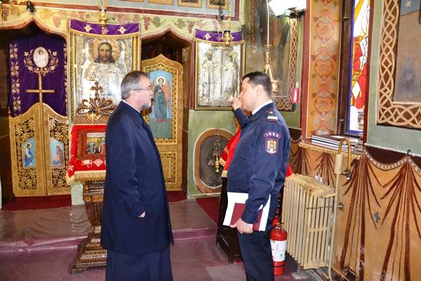 Pompierii au găsit neregului în bisericile din Argeş ! CE SANCŢUNI S-AU DAT !