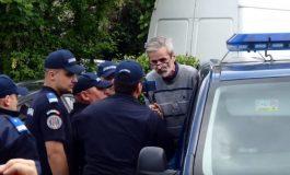 PENIBIL, JENANT ! Argeșeanul ridicat de jandarmi pentru că filma protestul anti-Dragnea de la Topoloveni, amendat cu 1.000 de lei