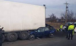 ACUM! Grav accident în Argeş - Remorca unui TIR  s-a desprins in trafic