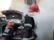 ACUM! Mașină in flăcări la Curtea de Argeș