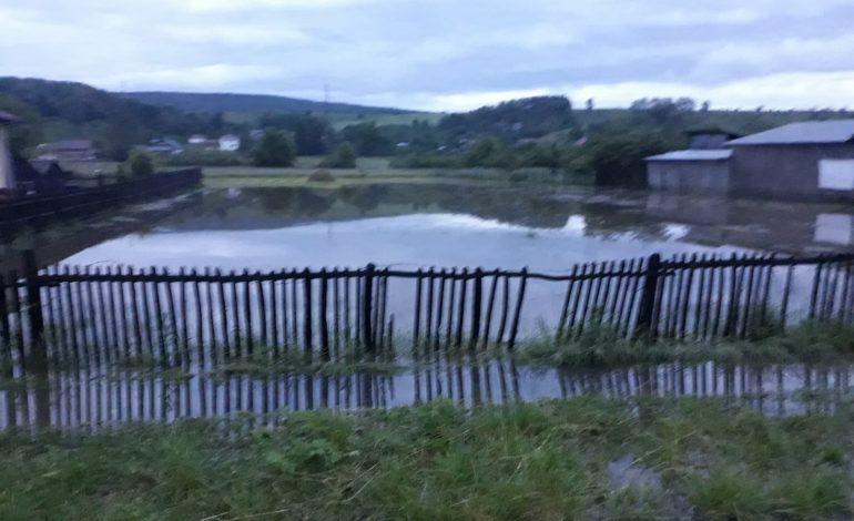 ULTIMA ORĂ ! Guvernul anunţă că va sprijini de urgenţă cetăţenii afectaţi de inundaţii