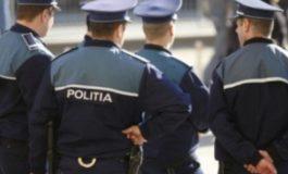 Polițiștii vin la Serviciul de Asistență Socială Curtea de Argeș VEZI MOTIVUL