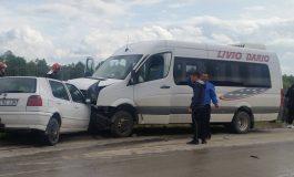 ACUM! Accident grav în Argeș cu un microbuz, victima un copil