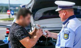 POLIŢIA, CONTROL DE AMPLOARE ! ZECI de șoferi profesioniști TRAȘI PE DREAPTA  - UNUL prins BĂUT la volan