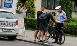 ATENŢIE ! Bicicliștii, luați în vizor de polițiștii din Curtea de Argeş - S-AU DAT AMENZI