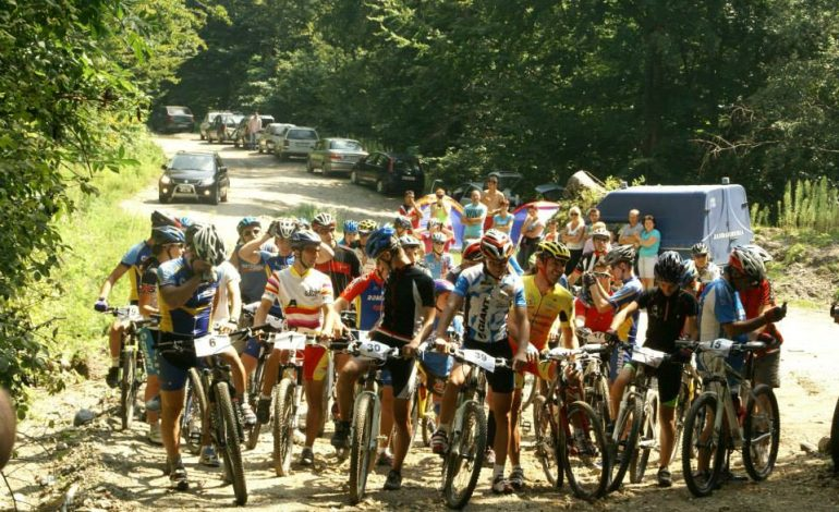 NU RATA ! Start Dracula Bike – sâmbătă, 17 august la Arefu, Vidraru