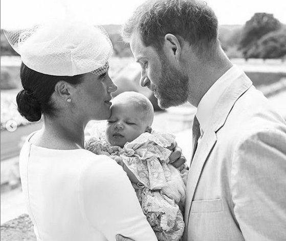 Copilul ducilor de Sussex a fost botezat. Imaginile făcute publice de Meghan şi Harry