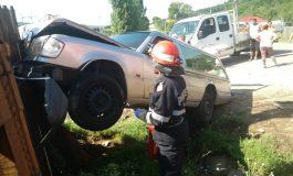 ACUM ! Accident grav în Argeș: A intrat cu masina intr-un cortegiu funerar- Persoane ranite