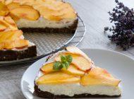 Prăjitură răcoritoare fără coacere: Cheesecake cu piersici