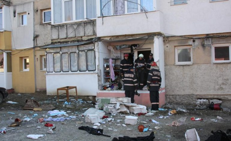 ACUM! Explozie într-un bloc din Arges