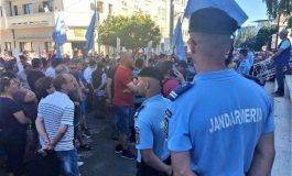 Incep protestele! Ce cer angajații din acest domeniu