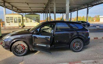 GHINION ! Argeșean prins la volanul unui Porsche furat din Italia
